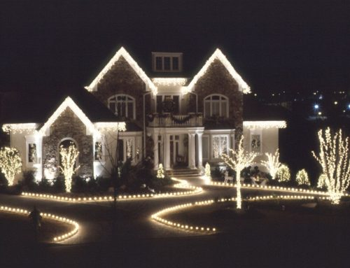 The Best Outdoor Christmas Lights Guide to Decorate your Home